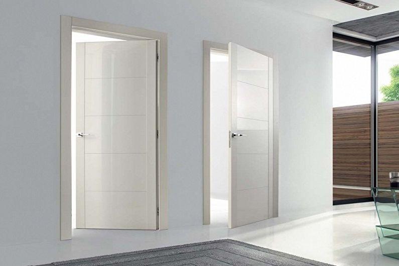 Portes blanches à l'intérieur - Matériaux pour la fabrication