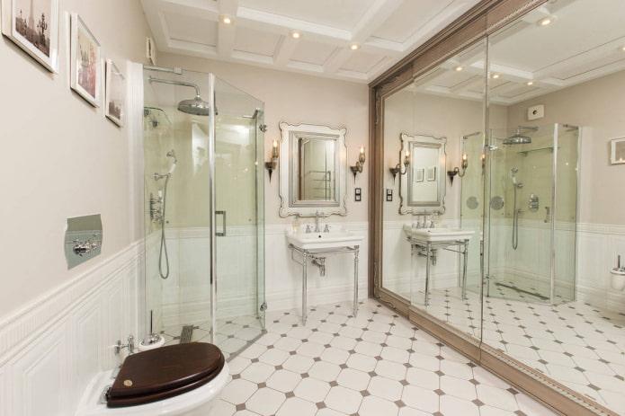 Classique dans la salle de bain