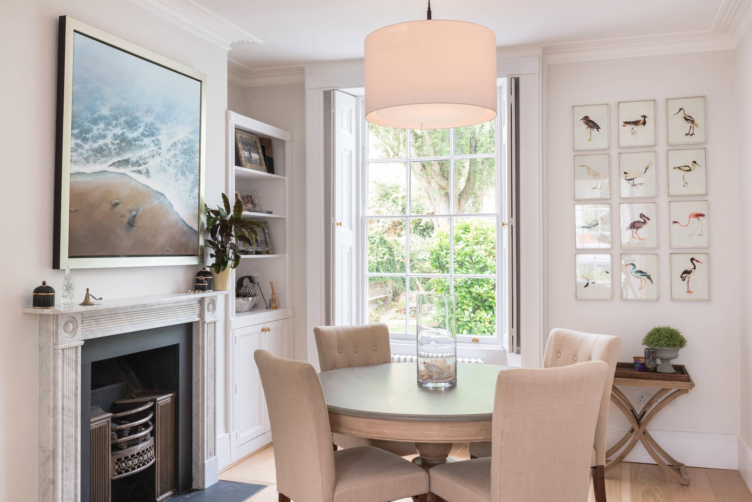 Table ronde - une solution universelle pour n'importe quel appartement
