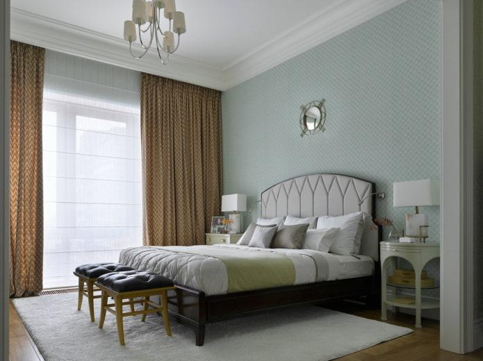 Chambre avec de hauts plafonds