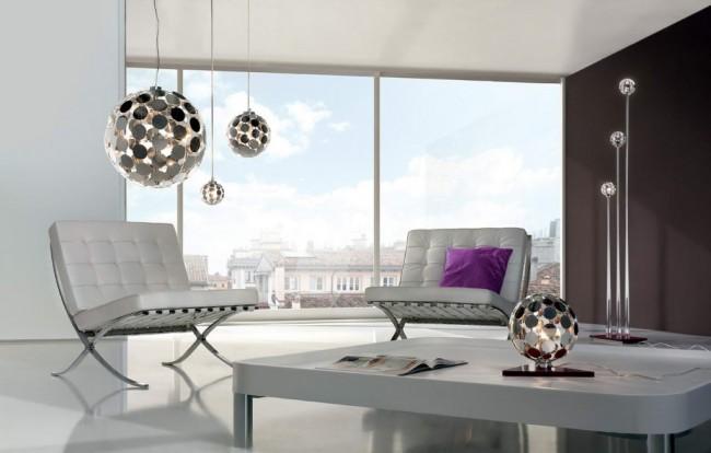Le style et les couleurs vont bien dans un salon comme celui-ci