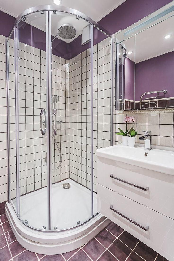 Conception de salle de bain à Khrouchtchev - style intérieur moderne