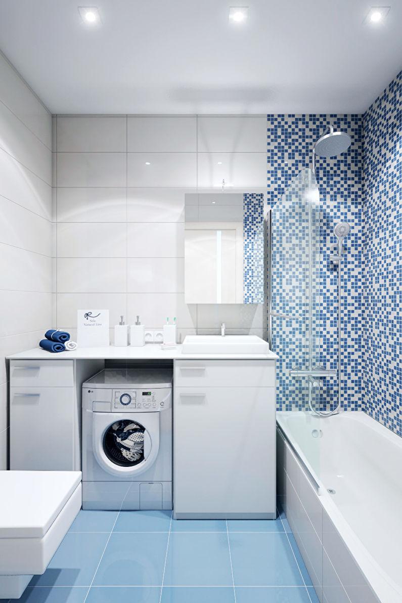 Conception d'une salle de bain bleue à Khrouchtchev