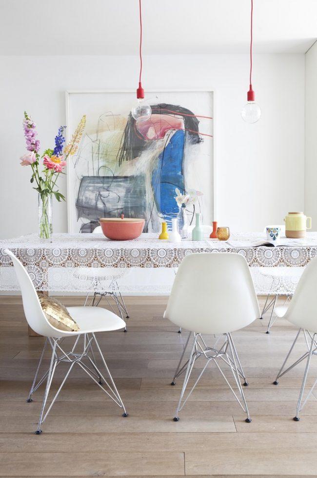 Nappe pour la table de la cuisine : une nappe contribuera à rendre votre intérieur plus complet