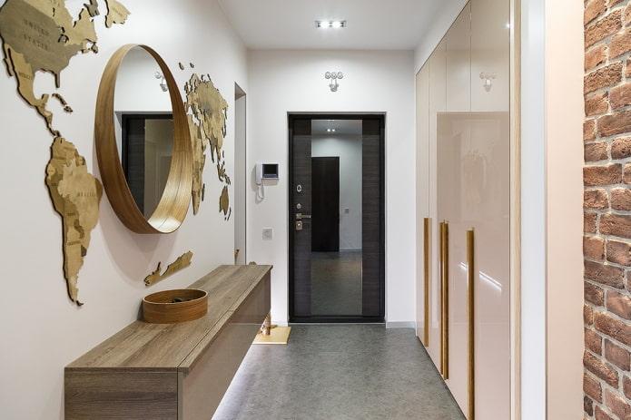 armoire intégrée avec façades brillantes