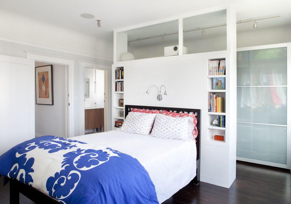 Plus le rack est bas, plus il y aura d'espace, de lumière et d'air dans la pièce.