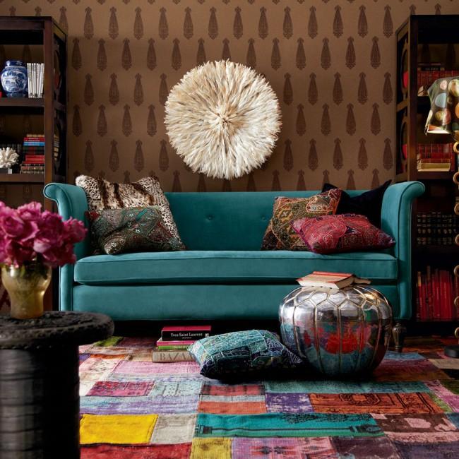 L'atmosphère de créativité et de détente à l'intérieur du salon