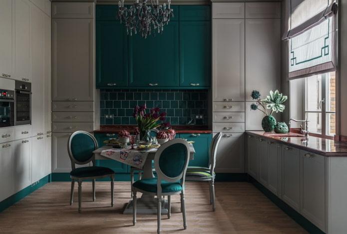 conception de cuisine dans des tons gris-vert
