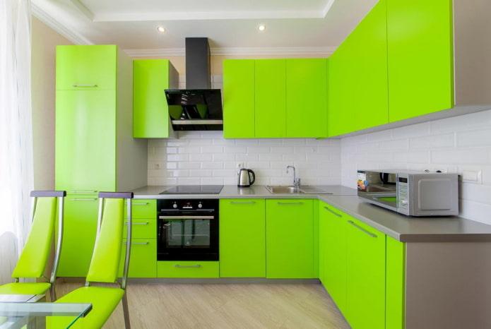 conception de cuisine dans des couleurs vertes vives