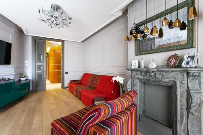 Cheminée décorative DIY dans un salon élégant
