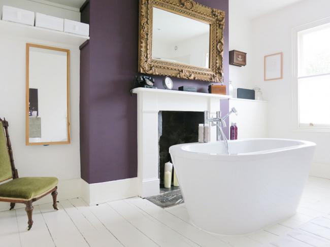 La solution originale est la présence d'une cheminée dans la salle de bain