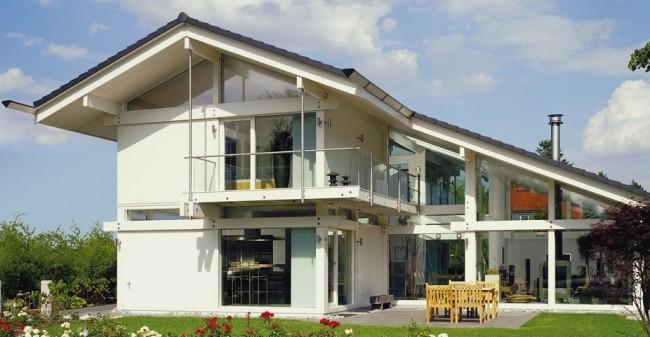 Maison à colombages de style moderne