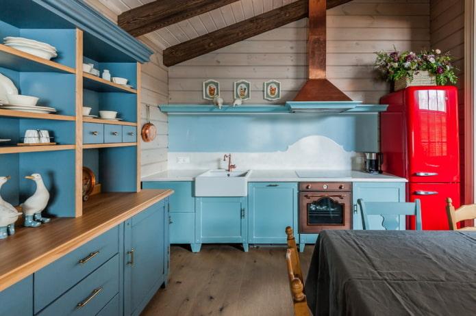 meubles à l'intérieur de la cuisine dans un style campagnard rustique