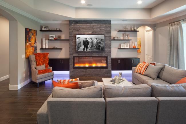 Les canapés gris sont un classique qui ne se démode pas depuis plusieurs années.  Si vous recherchez des meubles de style, les différentes nuances de gris valent le détour.