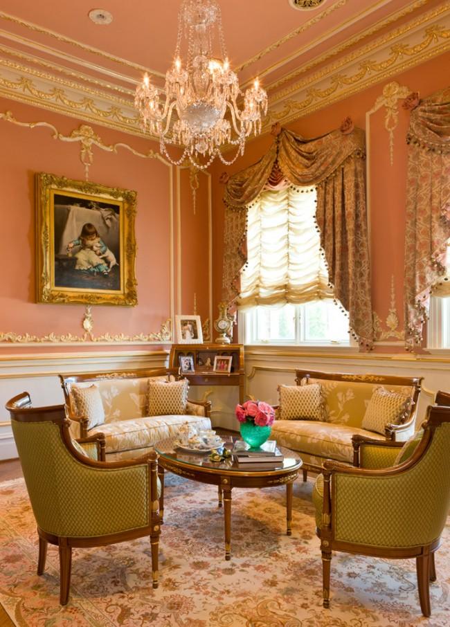 Des rideaux correctement sélectionnés contribueront à rendre l'intérieur plus complet.
