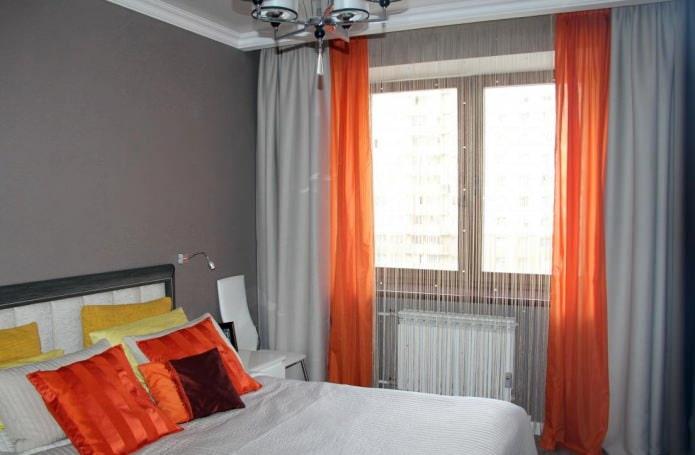 Chambre avec rideaux en coton