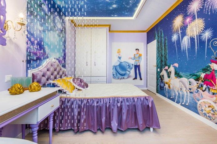 rideaux avec des perles à l'intérieur de la chambre des enfants