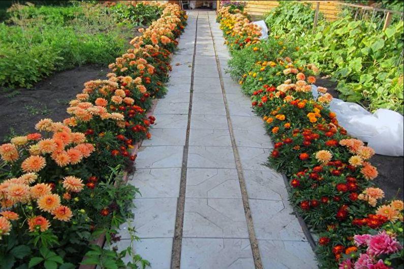 Bordure - Parterre de fleurs à la campagne, idées d'aménagement paysager
