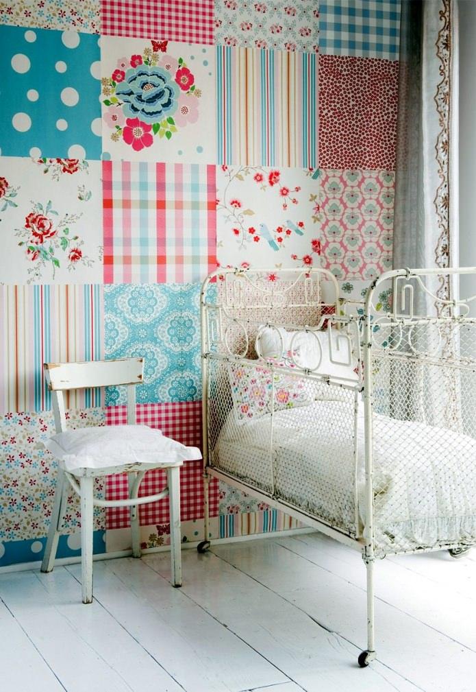 murs dans le style du patchwork à l'intérieur