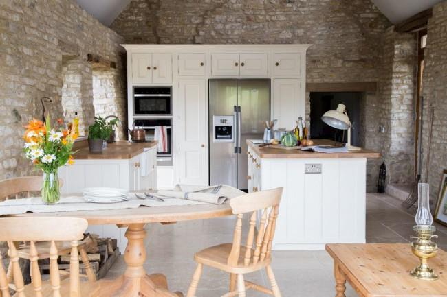 Une telle cuisine deviendra un lieu de prédilection pour les membres du ménage.