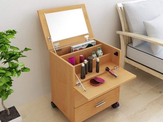 coiffeuse table mobile à l'intérieur