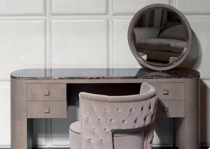 table de maquillage en pierre à l'intérieur