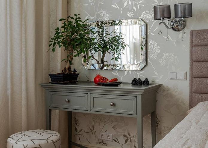 table de maquillage avec tiroirs à l'intérieur
