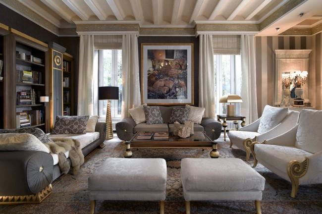 Un tel intérieur soulignera la solidité et le statut du propriétaire de la maison.