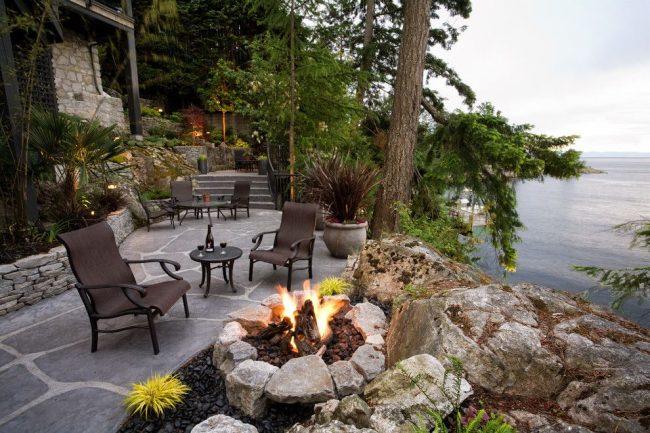 Petit patio avec magnifique vue panoramique