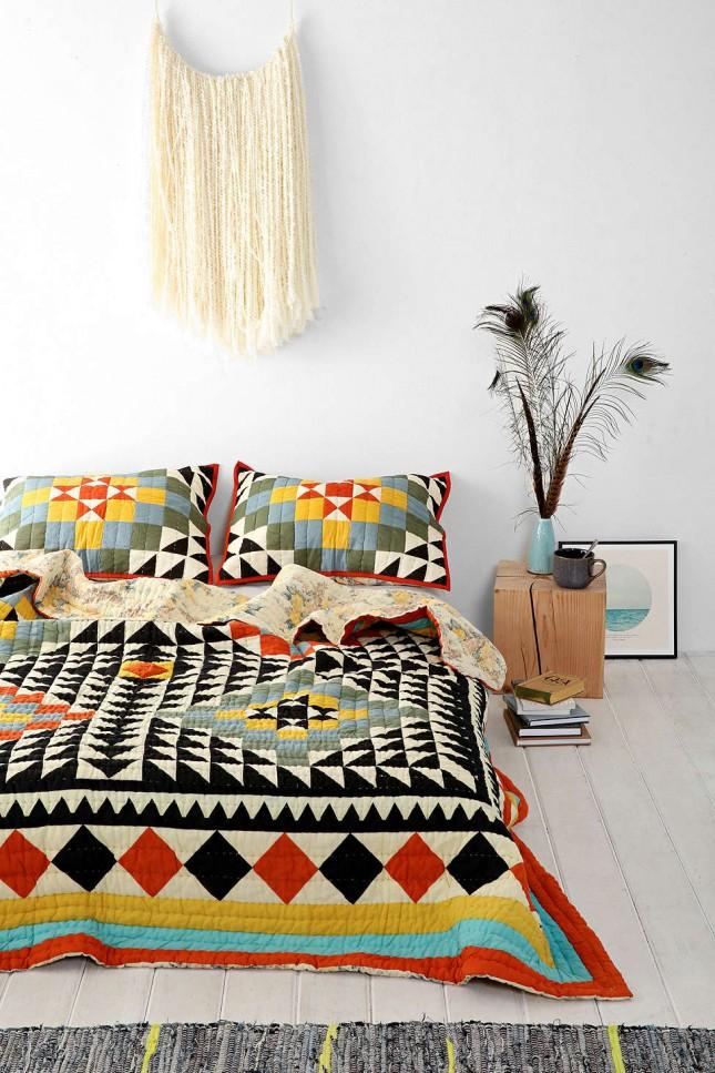 Le patchwork est une touche plutôt traditionnelle dans une variété d'intérieurs ethniques