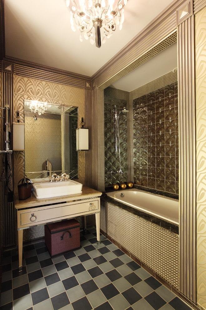 Salle de bain avec carreaux bouclés