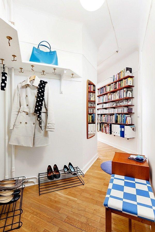 Un petit couloir qui se fond dans la pièce