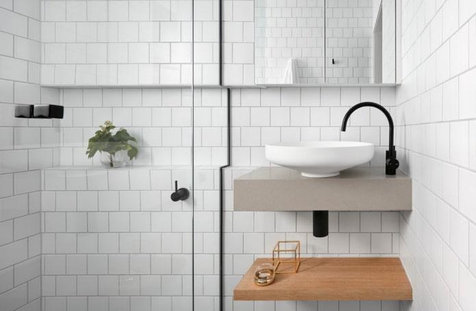 Cabine de douche et lavabo suspendu