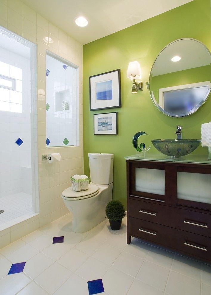 La combinaison du blanc et du vert convient également à la décoration de salle de bain