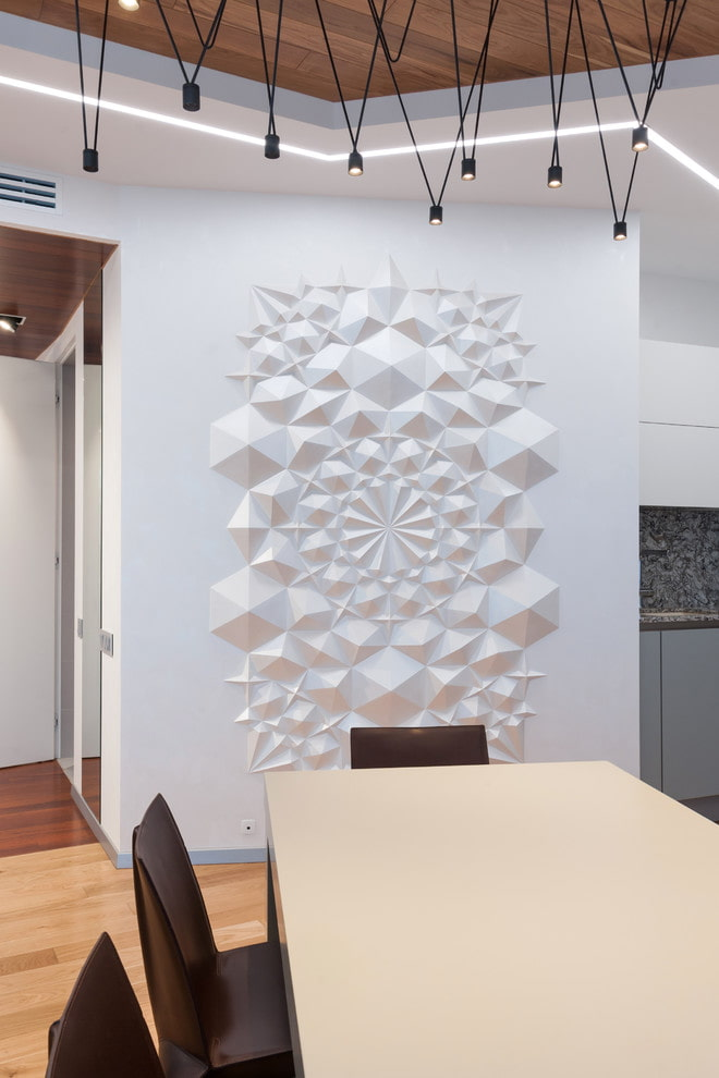 stuc sur le mur à l'intérieur