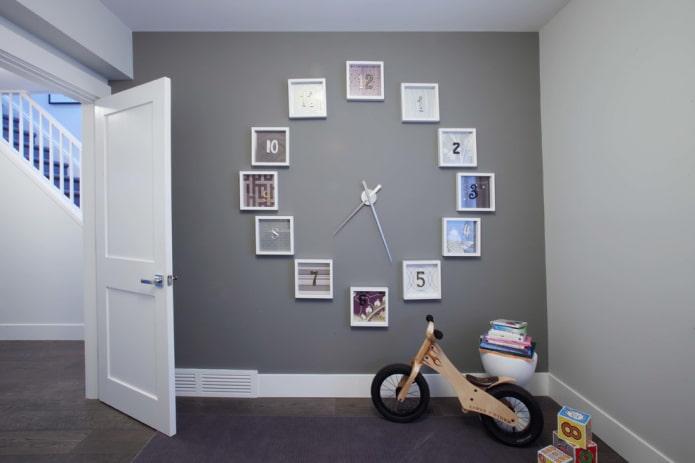horloge sur le mur à l'intérieur