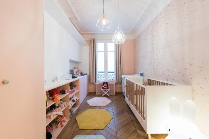 éclairage à l'intérieur de la crèche pour l'enfant