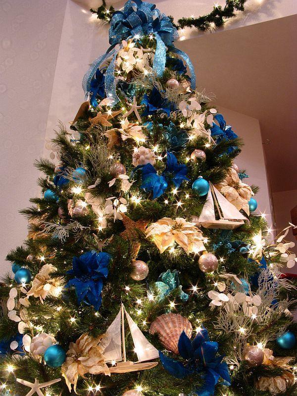 La guirlande lumineuse fait partie intégrante du décor du nouvel an