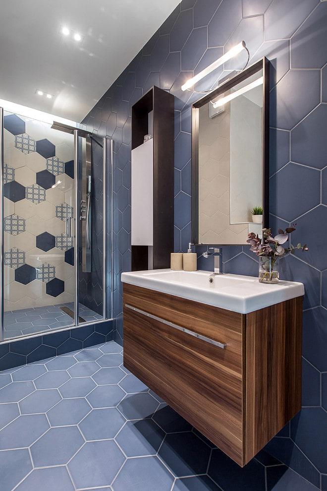 carrelage dans la salle de bain