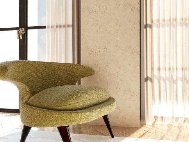 Peinture texturée beige dans un intérieur moderne