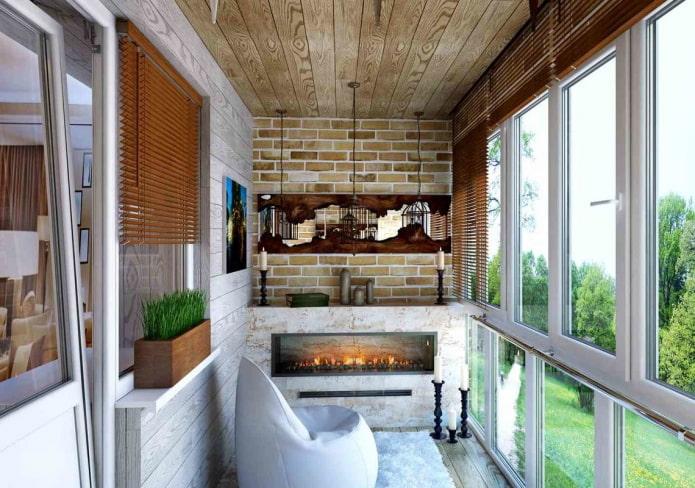 cheminée à l'intérieur de l'espace balcon