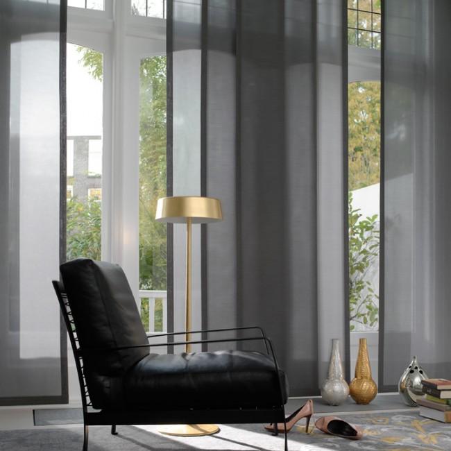 Couleur graphite des rideaux translucides