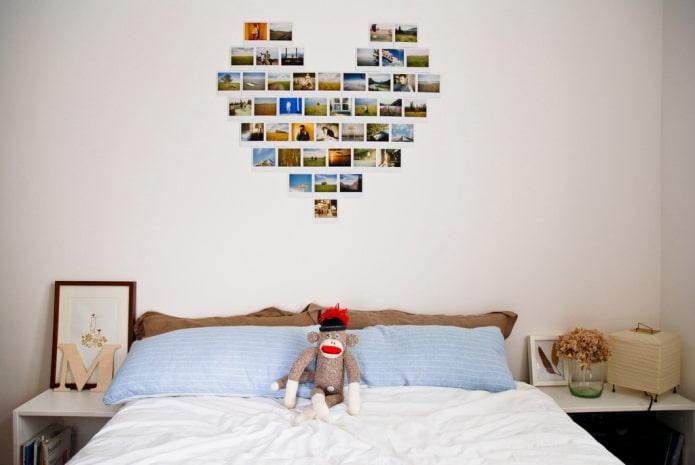 photos en forme de coeur sur le mur à l'intérieur