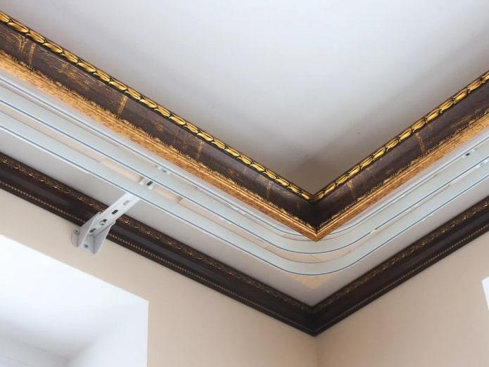 tringle à rideaux d'angle