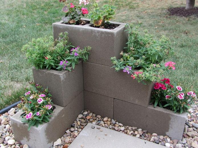 fleurs en blocs de mousse