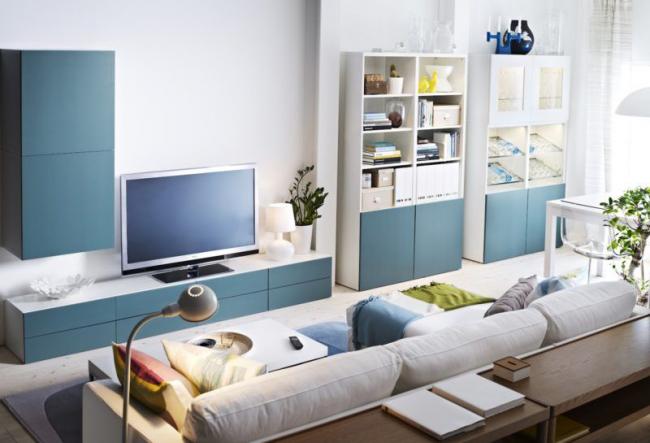 Ensemble classique de meuble TV et étagères