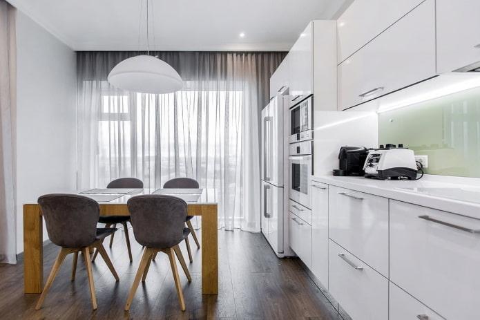 Faire des fenêtres panoramiques dans la cuisine