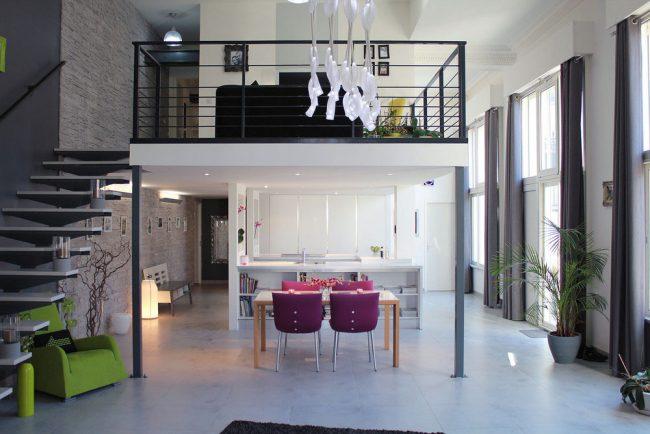 Des designs exclusifs sont proposés pour les appartements en duplex