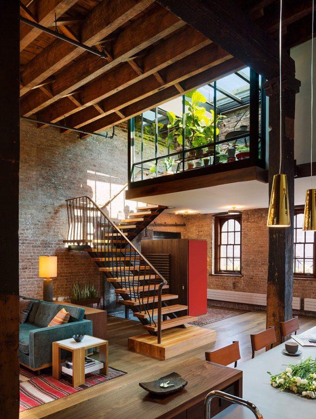 Appartement en duplex avec jardin d'hiver et plafond de verre