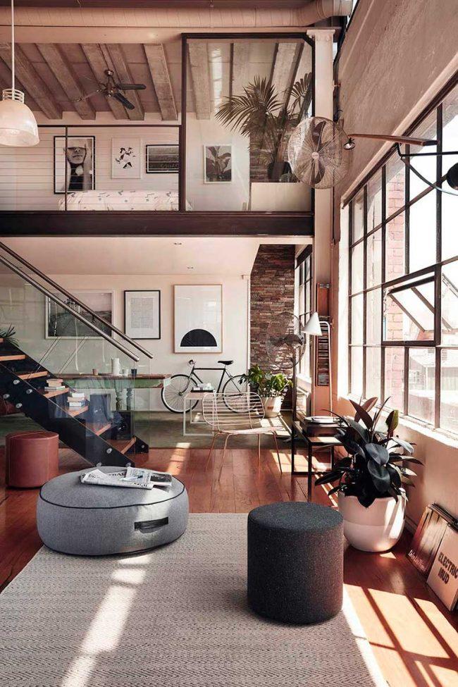 Spacieux appartement de deux étages de style loft